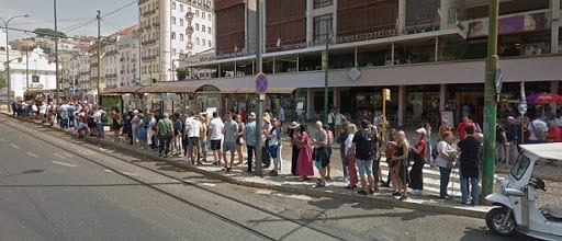 People in line for Tram 28